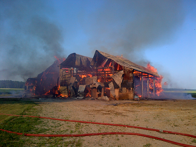 horse barn Fires, fire safety horse barns, horse fire, dressage arena fire, ventilation in horse barns, no smoking horse barns, fire extinguisher horse barns, Tanya Bettridge, determining casue horse barn fire, horse barn fire hazards, horse barn fire prevention