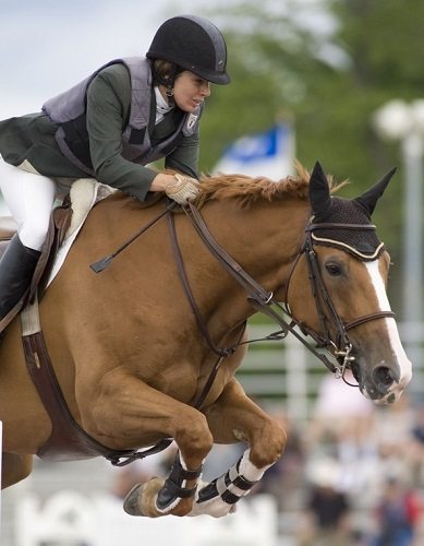 jumping horse with contact, margie gayford, ian millar, hunter jumper coach, wingberry farms king city ontario