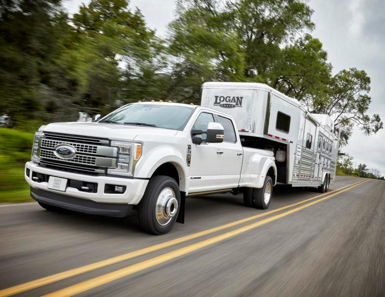 Ford Canada, 2019 Ford super duty, Ford gooseneck towing, Ford trailer reverse guidance system