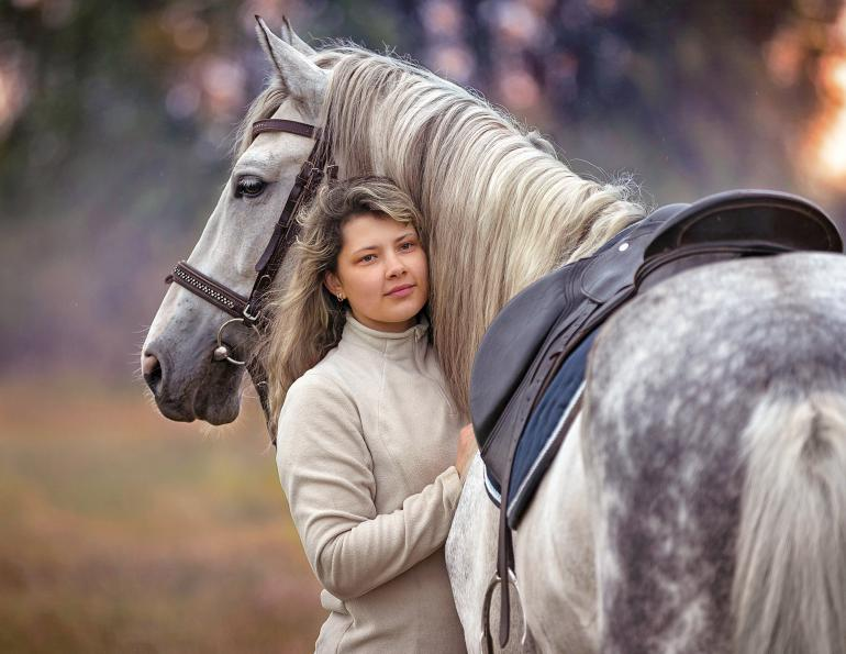 annika mcgivern equestrian psychology, horse-rider psychology, horse people covid-19