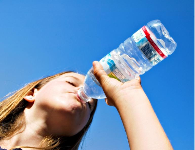 importance of staying hydrated while horse riding, importance of staying hydrated during horse riding competition